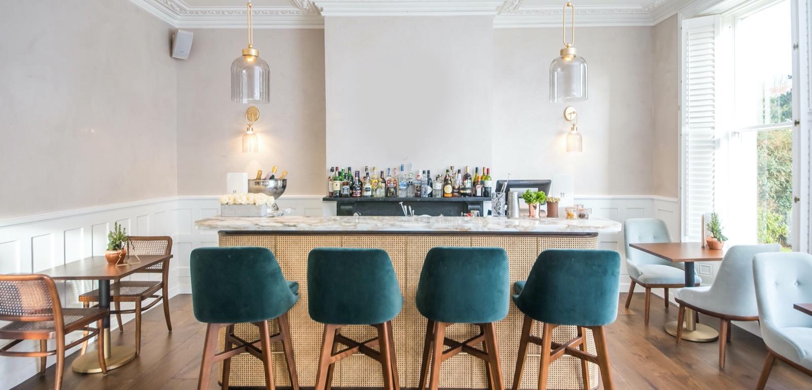 Best Bar and Restaurant in Roseate Villa Bath
