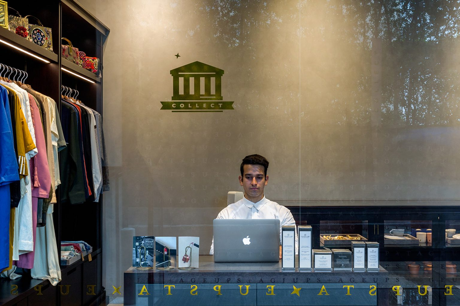 Upstage Collect- Luxury Shopping Site in India