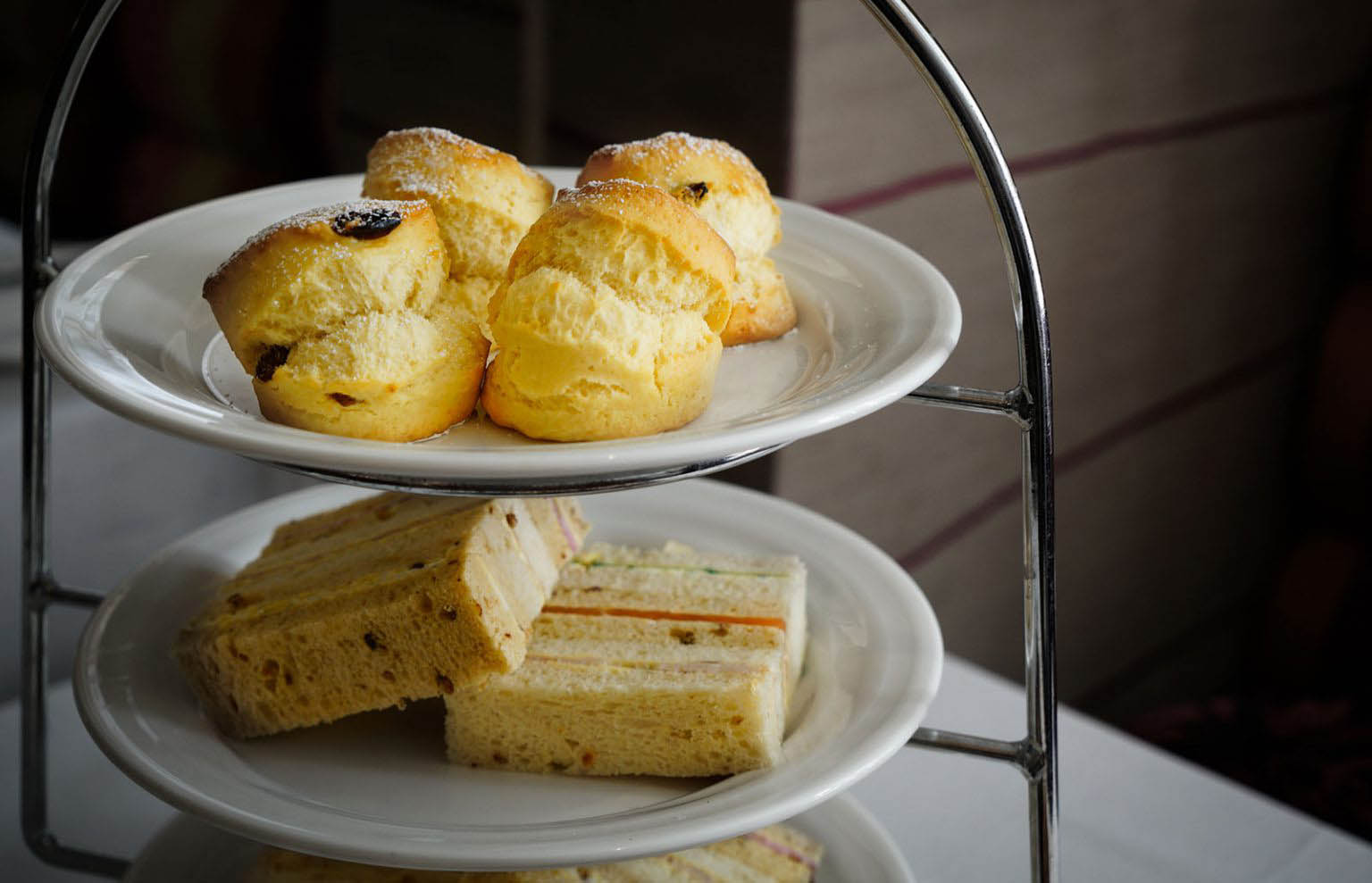 Breakfast & afternoon tea in the Roseate Hotel Reading