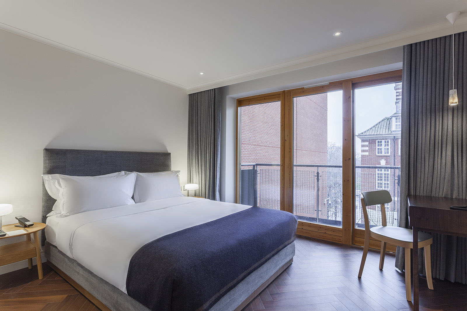 A Luxury House Room of the Roseate Hotel Reading